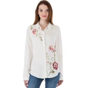 Kensie White Floral Embroidered Button Down Top